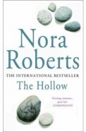 The Hollow (Sign Of Seven Trilogy 2)